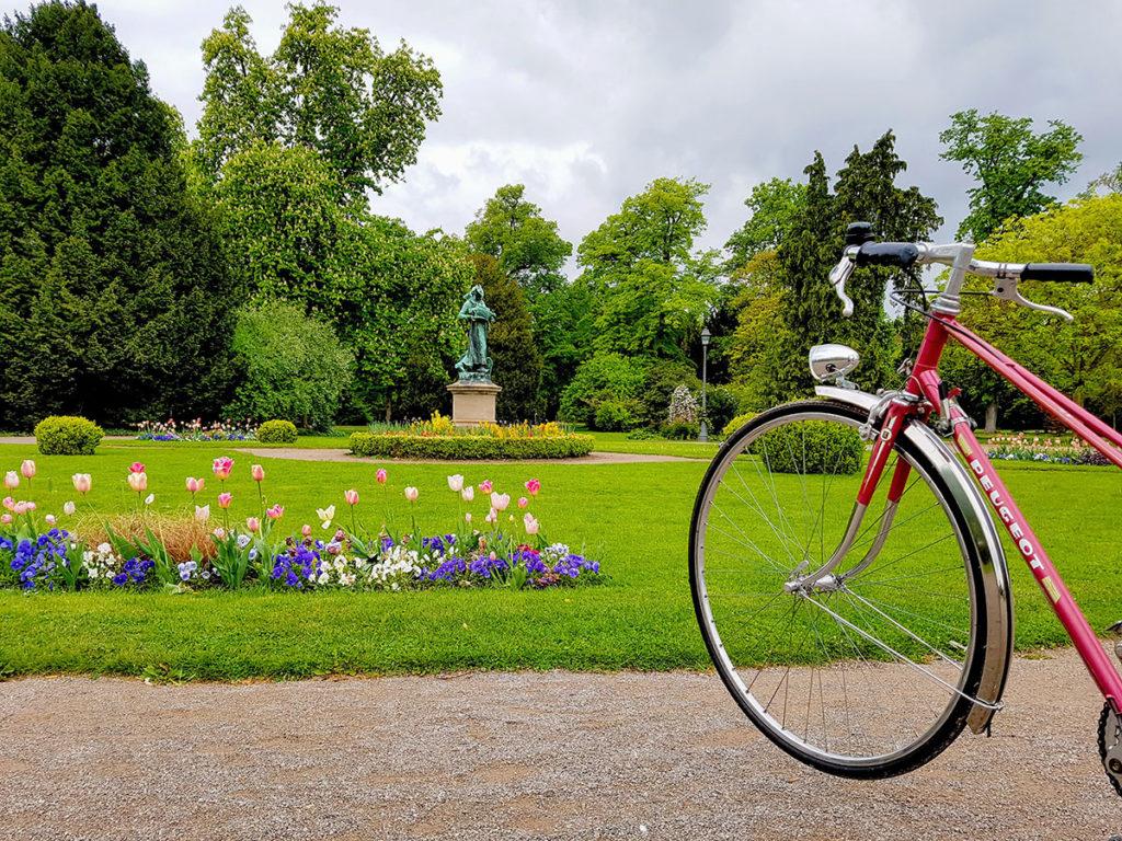Vélo Peugeot au Parc de l'Orangerie à Strasbourg