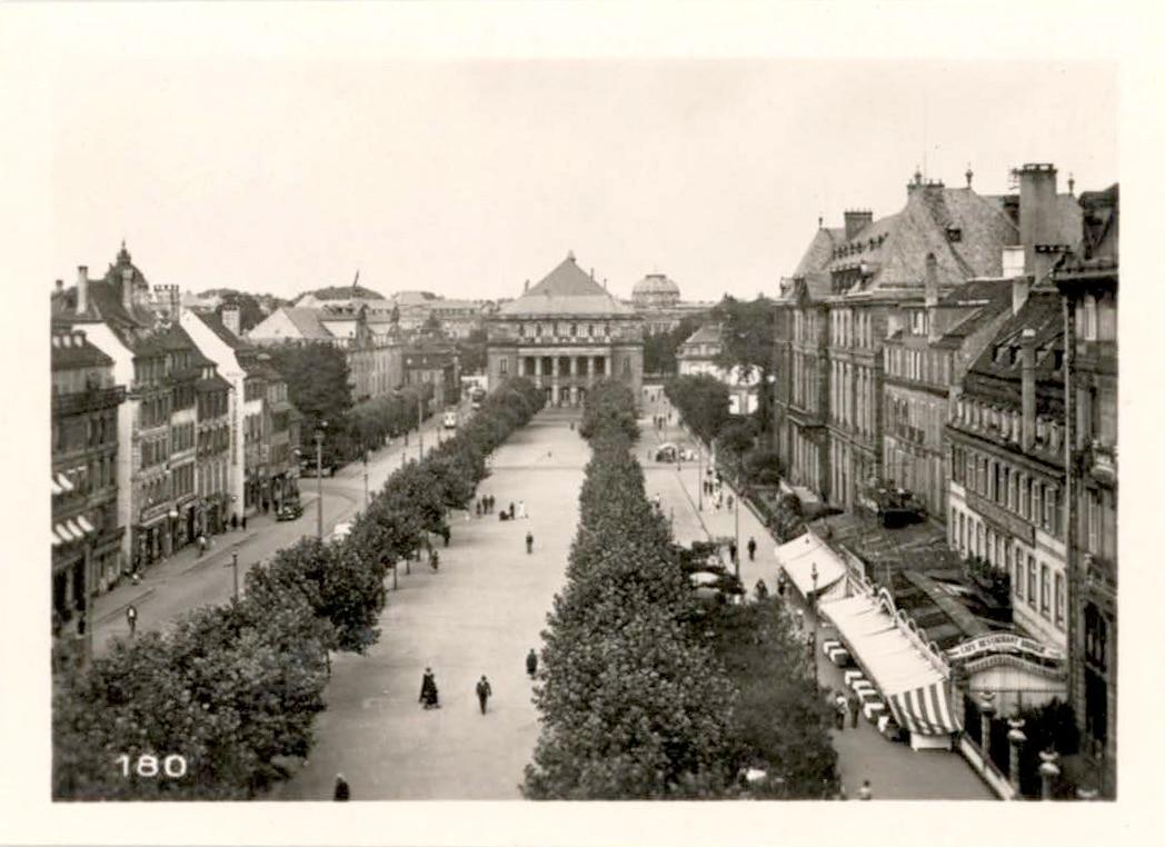 La place Broglie dans les années 1950
