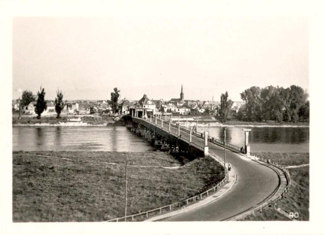 Le Pont du Rhin dans les années 1950