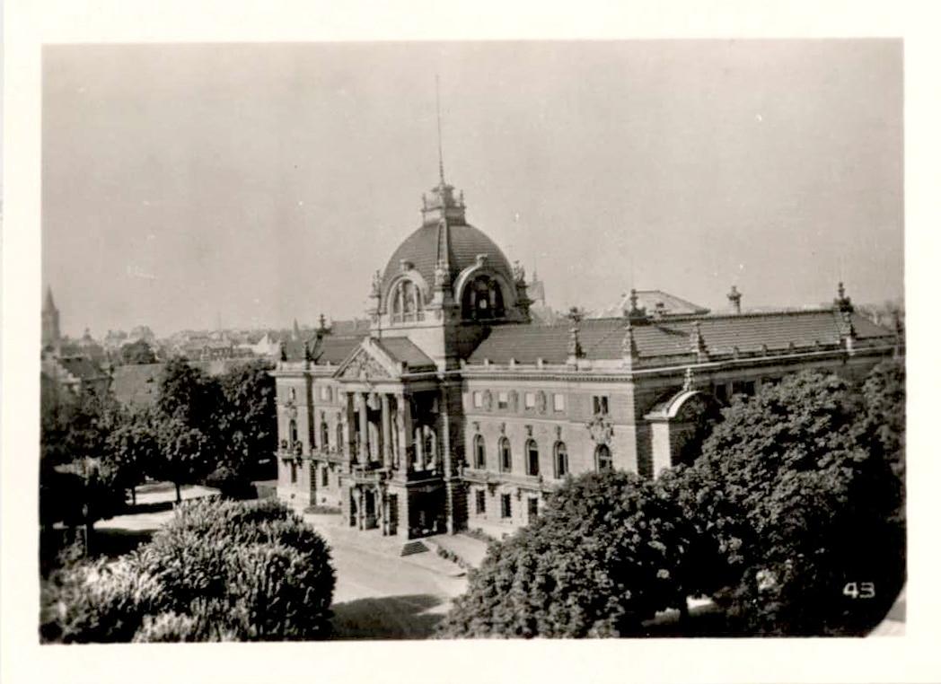 Le Palais du Rhin dans les années 1950