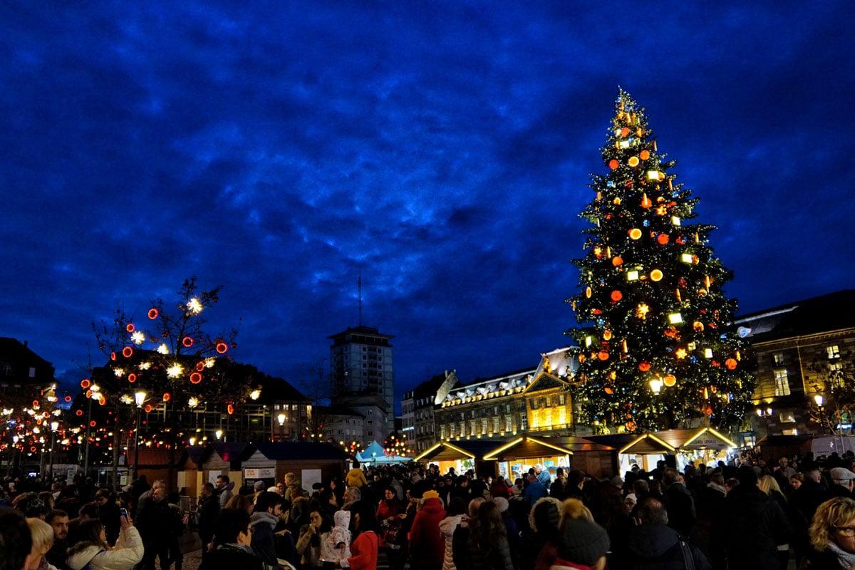Le Grand Sapin du marché de Noël de Strasbourg