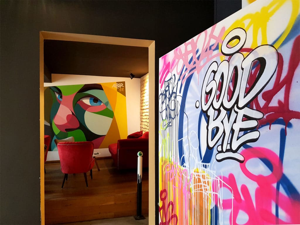 Good Bye - Street Art à la Brasserie Wow - Strasbourg