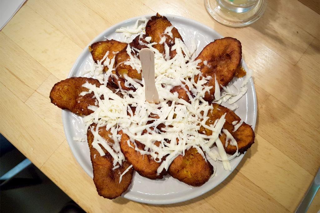 Bananes plantains frites au Venezolatino