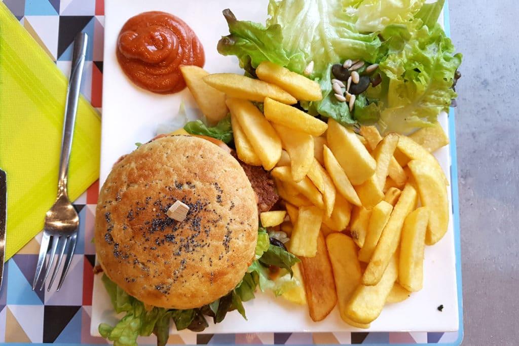 Burger sans gluten au steack végétal