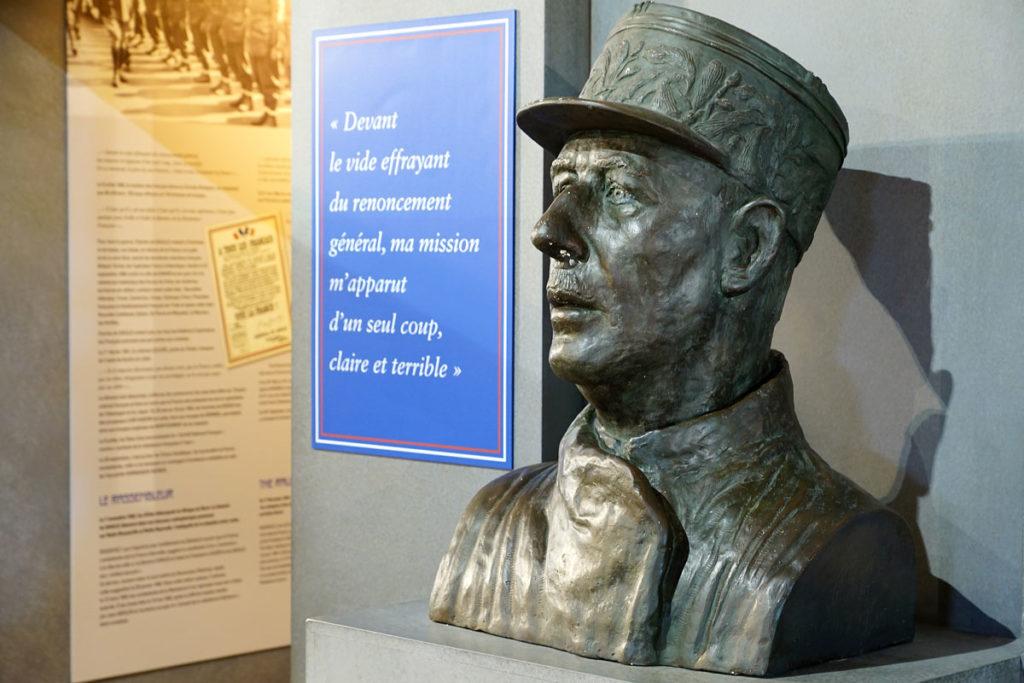 Général De Gaulle au mémorial de Bayeux