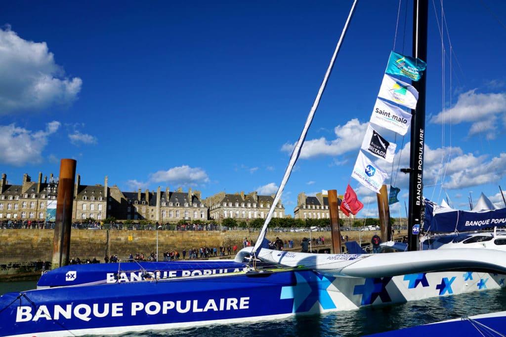 Maxi Trimaran Banque Populaire IX à Saint-Malo
