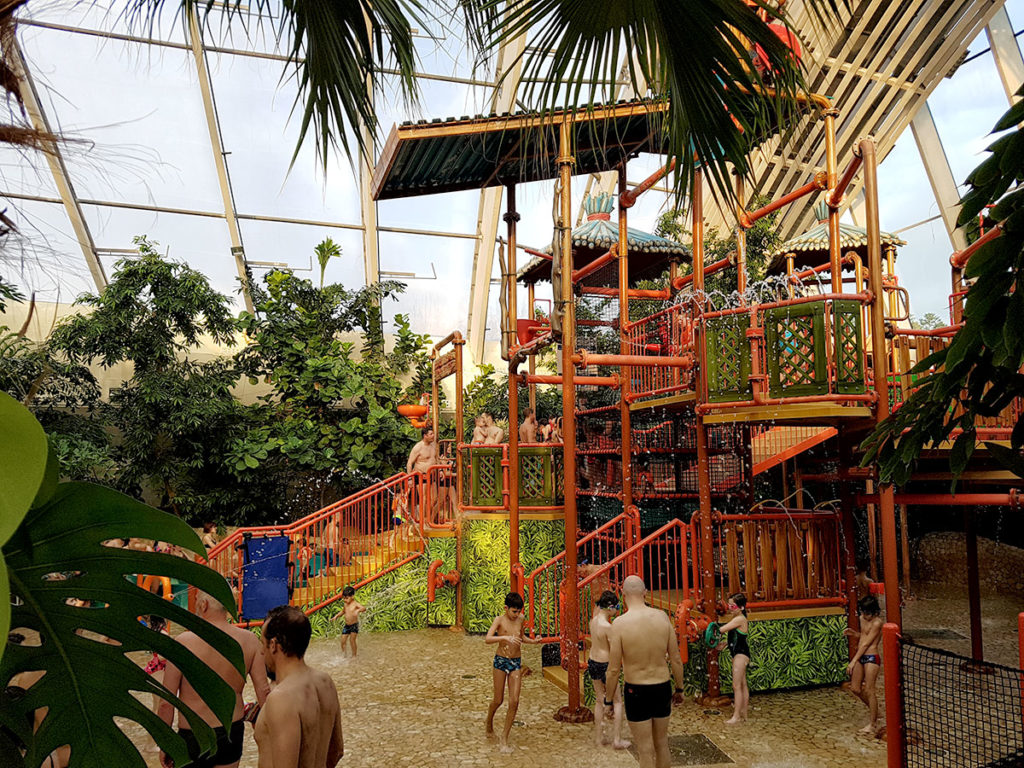 Jeux Piscine Center Parcs Trois Forets