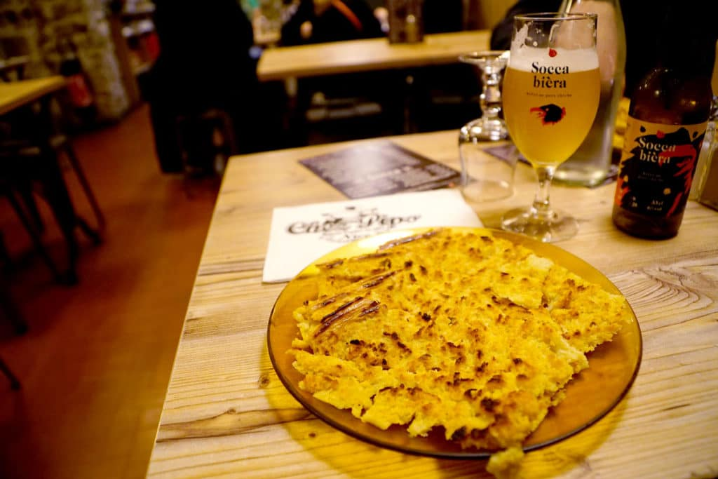 Socca et bière au pois chiche chez Pipo