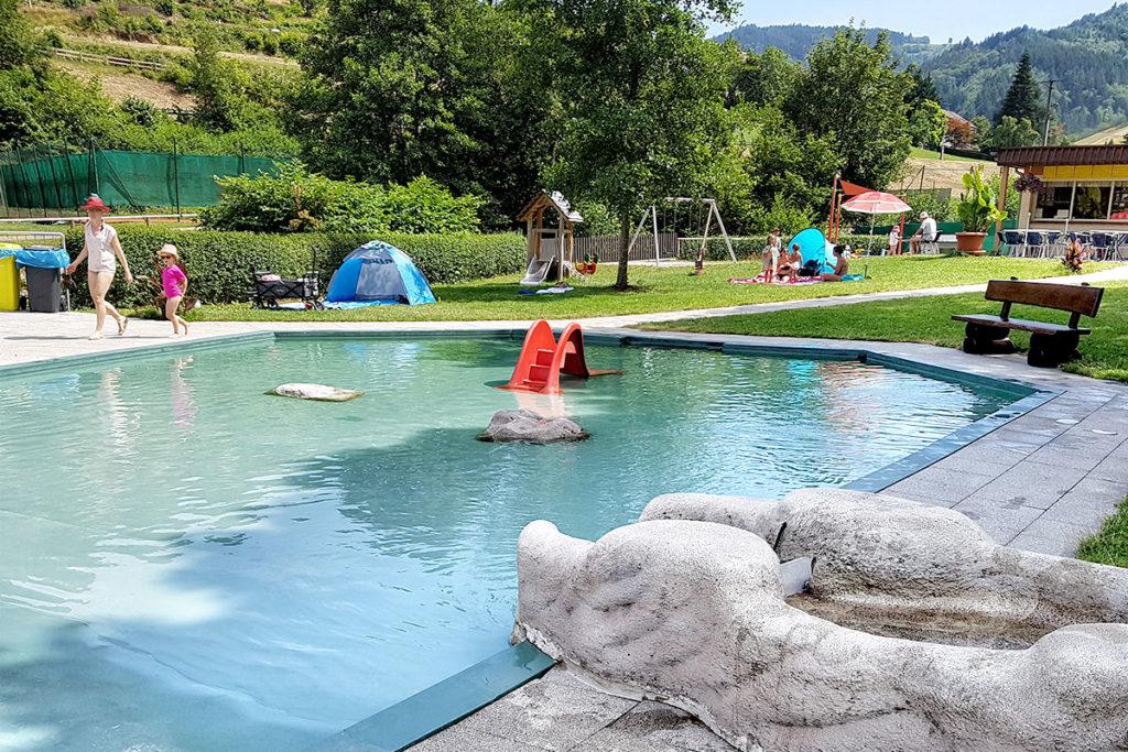 Zone pour les enfants à la piscine d'Ottenhofen