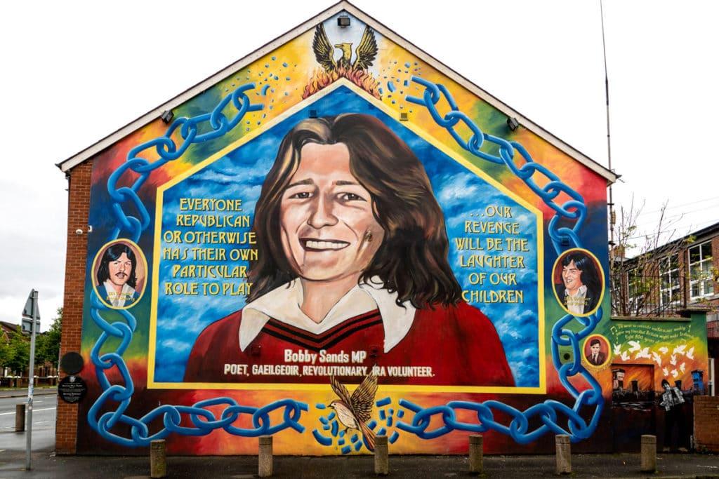 Fresque murale républicaine à Belfast