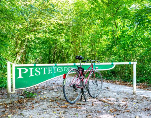 Balade à vélo sur la piste des forts