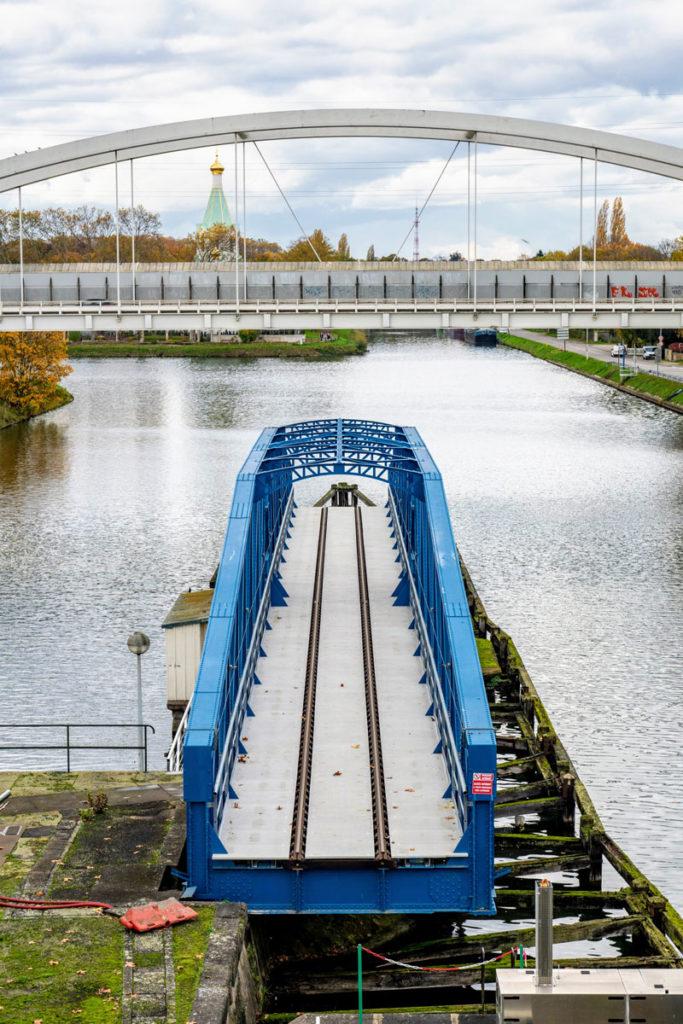 Le Pont Tournant Ferroviaire à l'entrée du Port Autonome de Strasbourg