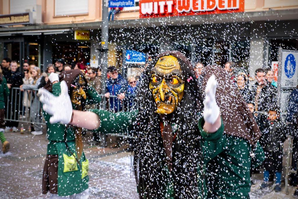 Confettis au carnaval de Kehl