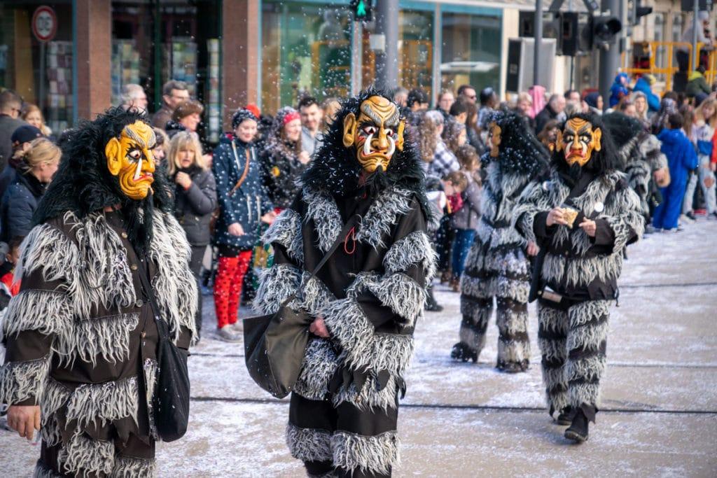 Monstres et confettis au carnaval de Kehl