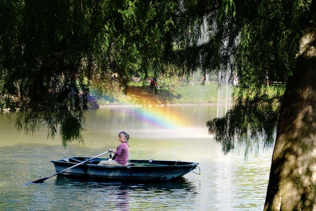 Barque sur l'étang de l'Orangerie