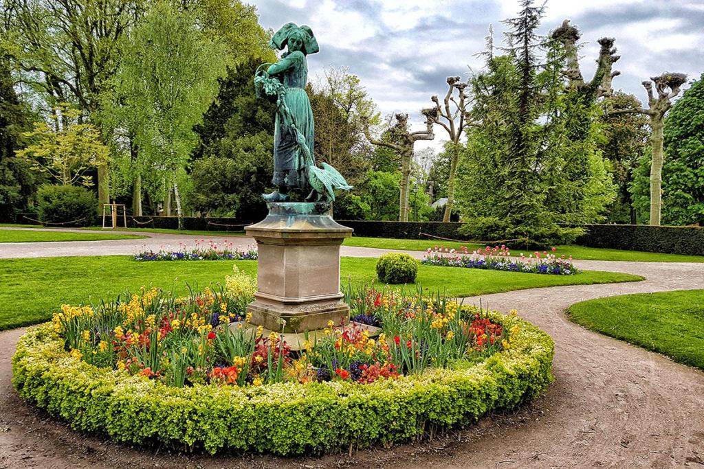 Statue de Ganseliesel à l'Orangerie