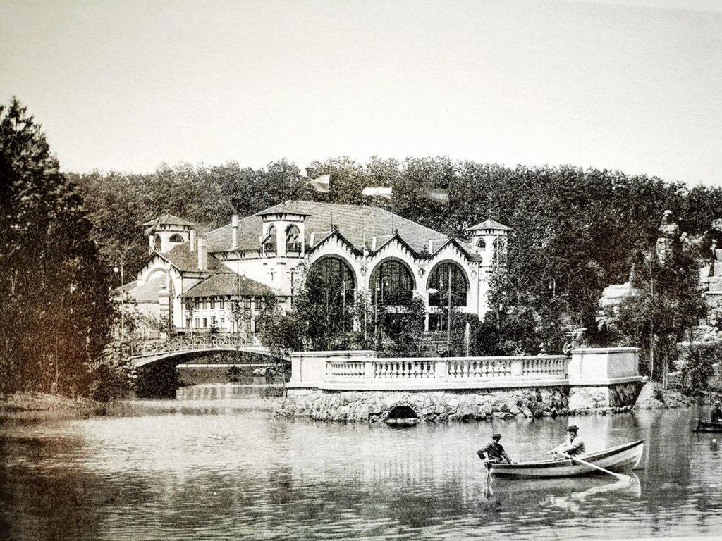 Pavillon restaurant de la grande exposition de 1895