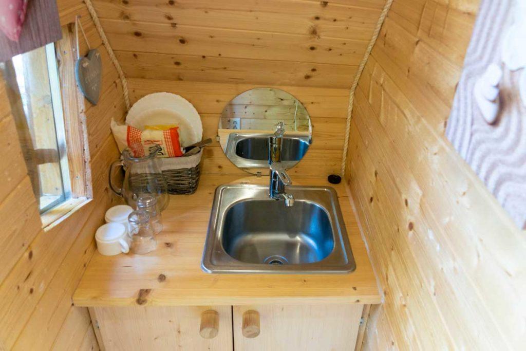 Espace cuisine de la cabane magique