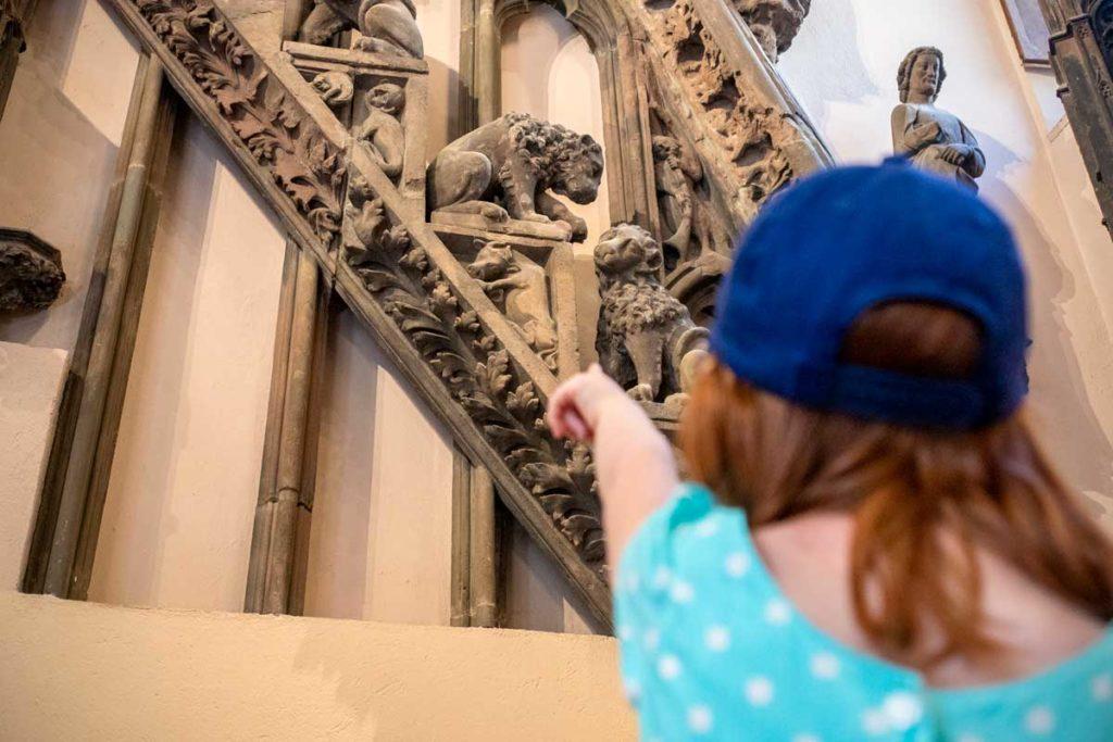Chasse aux monstres au musée de l'oeuvre Notre Dame