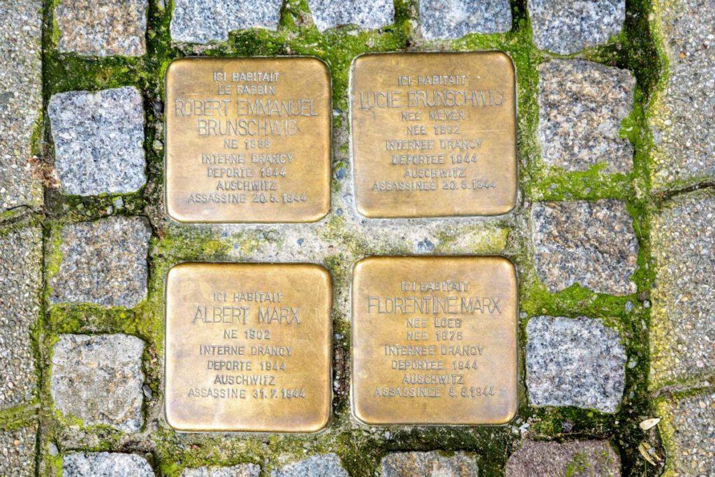 Pavés de la mémoire boulevard Clémenceau à Strasbourg